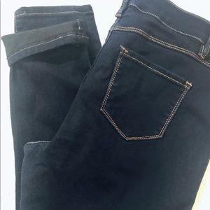 D. Jeans Petite skinny jeans